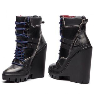 NEW :DIESEL D-VIBE MB :High heeled ankle boots
